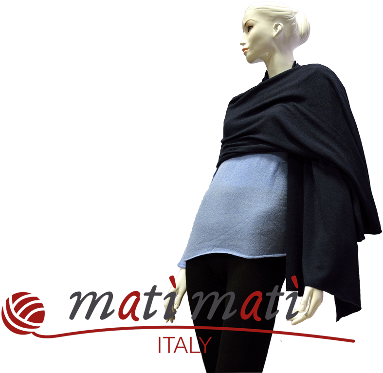 Matì Matì realizza capi in Cashmere, seta, lino e lana Merinos. Le sue collezioni variano con linee moda dall'intramontabile eleganza e linee fashion estrose e versatili.